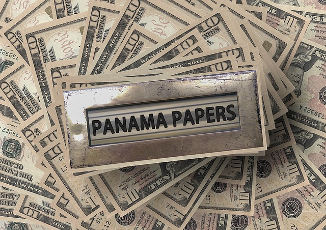 Dollari e Panama Papers